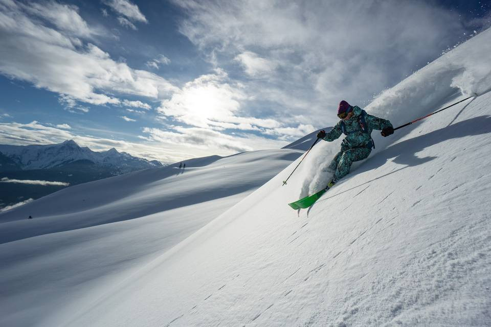POWDER, WINE AND DINE ON THE ROOF OF CANADA